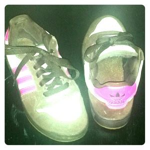 Adidas cute suede skater shoes ☆